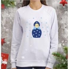 Женский свитшот Матрешка в снежинках