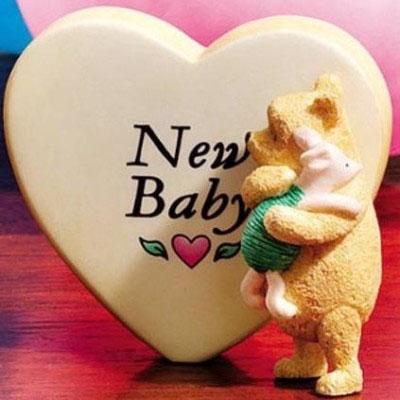Enesco Фигурка «Винни Пух — новорождённый»
