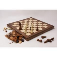 Набор игр в деревянном кейсе шахматы, нарды и шашки