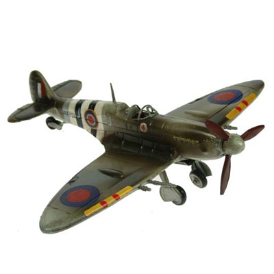 Модель самолёта Spitfire