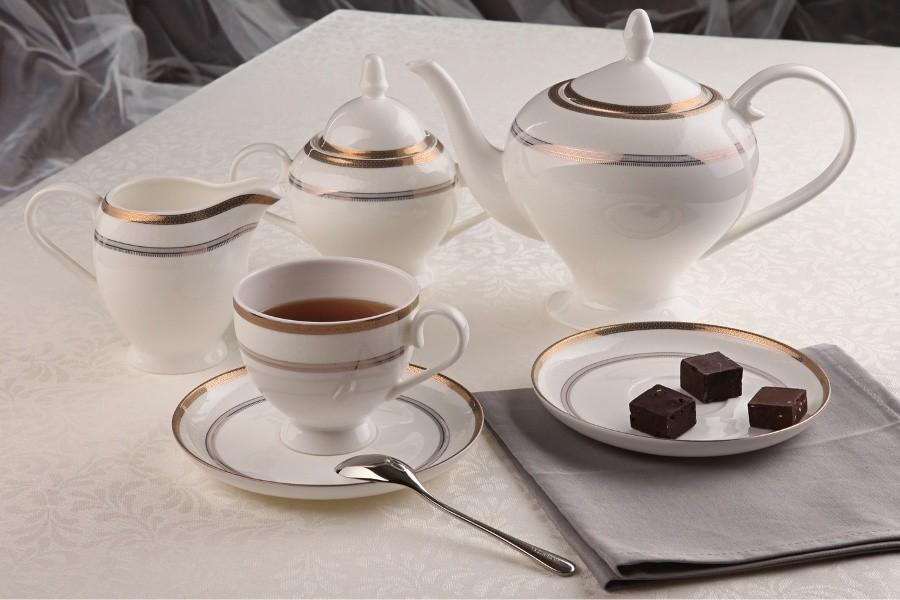 Чайный фарфоровый сервиз Консул на 15 предметов