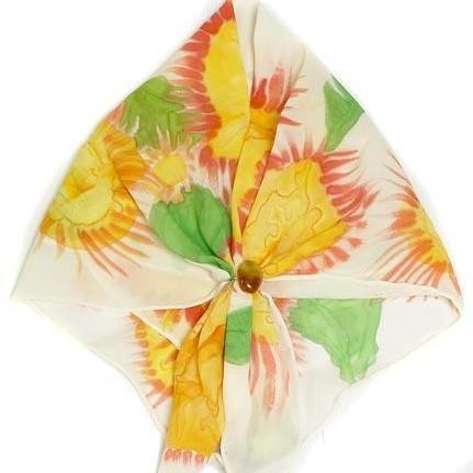 Шейный платок с янтарём Литовские подсолнухи