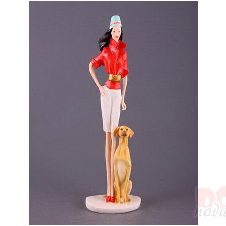 Статуэтка «Девушка с собачкой»