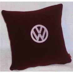 Бордовая подушка с белой вышивкой Volkswagen