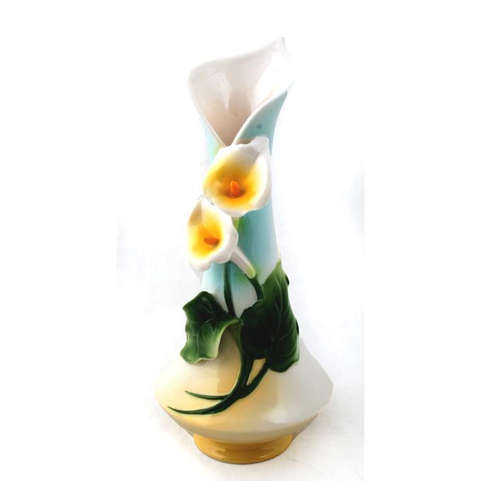 Фарфоровая ваза «Белые цветы»
