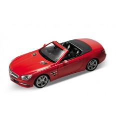 Модель машины 1:24 Mercedes-Benz SL500 от Welly