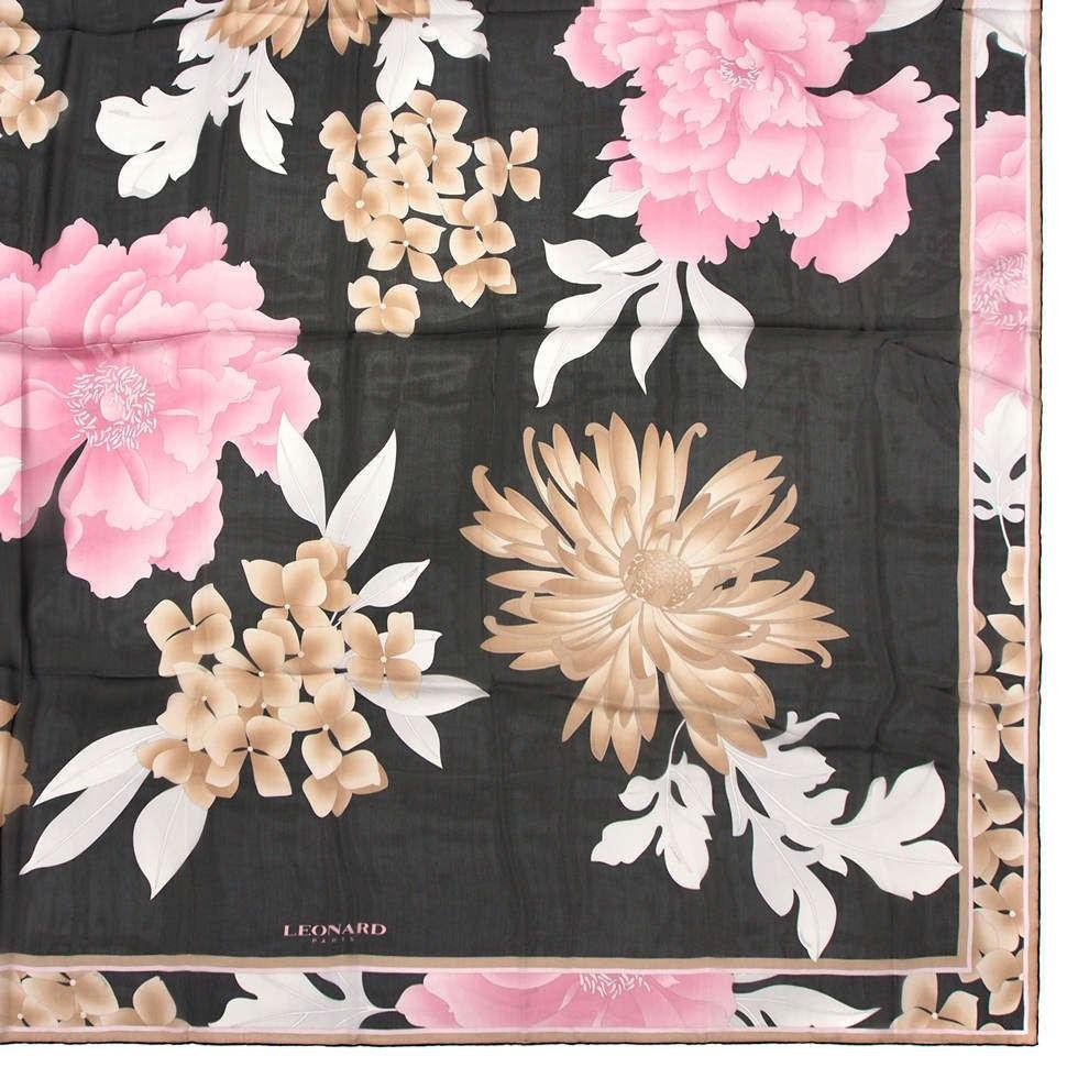 Большой платок с красивыми цветами Leonard