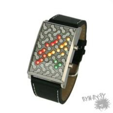 Наручные бинарные часы Virus