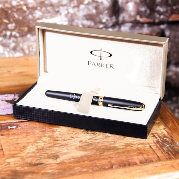 Перьевая ручка Parker Sonnet с гравировкой Эксперт