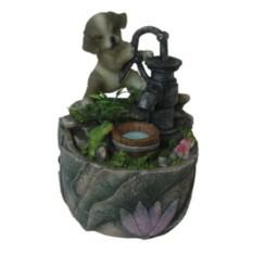Фонтан с помпой Серый щенок у колодца с лягушкой