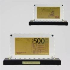 Картина с банкнотой 500 Euro на деревянной подставке