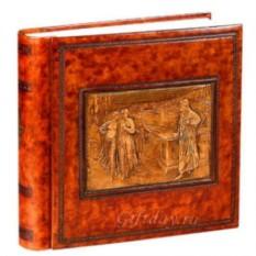 Фотоальбом с барельефом Данте и Беатриче