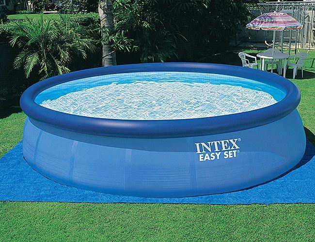 Бассейн INTEX Easy Set Pool с фильтром-насосом.