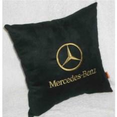 Черная подушка с золотой вышивкой Mercedes