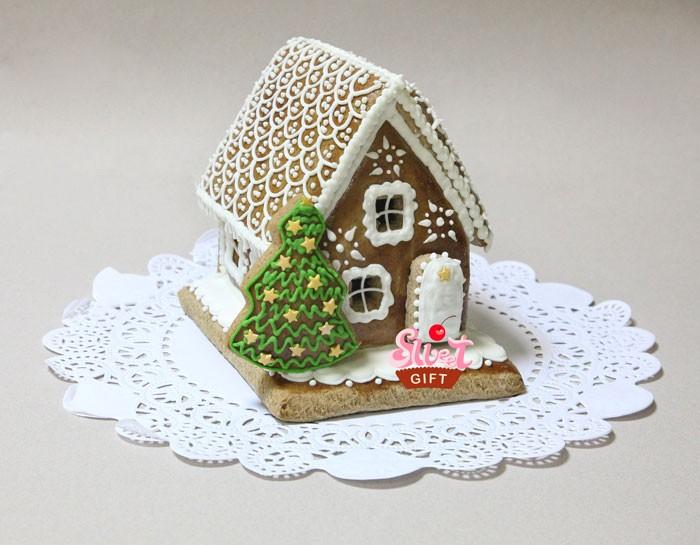Пряничный дом Зимний вечер