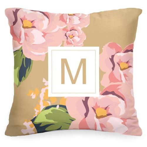 Подушка с вашей буквой «Розовые цветы»