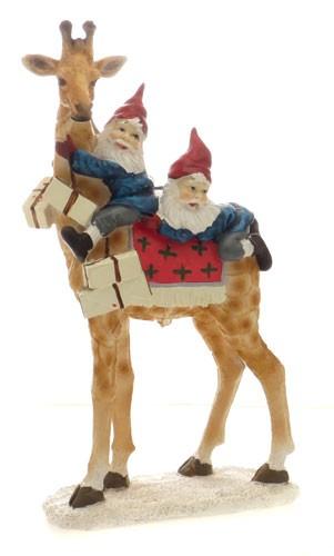 Статуэтка Санта на жирафе Scandinavian Christmas