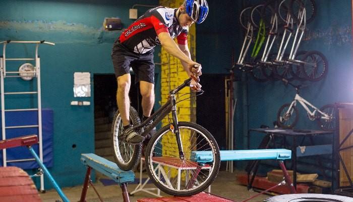 Занятия велотриалом в школе X3m-master