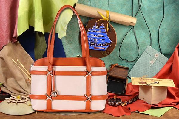 Оранжево-бежевая сумка Nino Fascino
