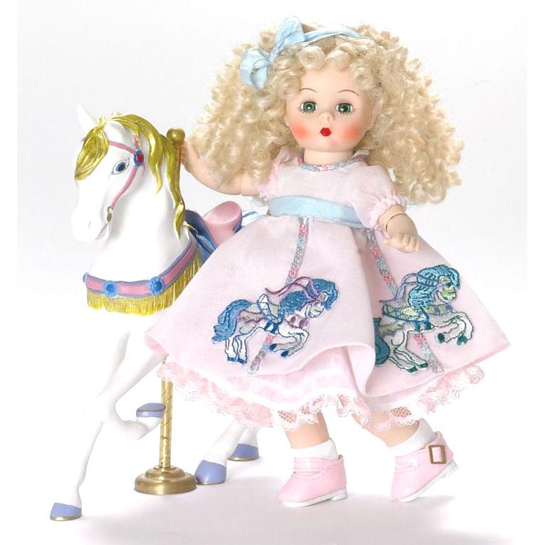 Кукла  «На карусели с лошадкой»
