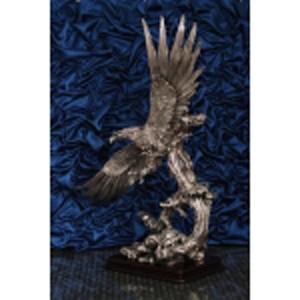 Статуэтка «Орёл на снегу»