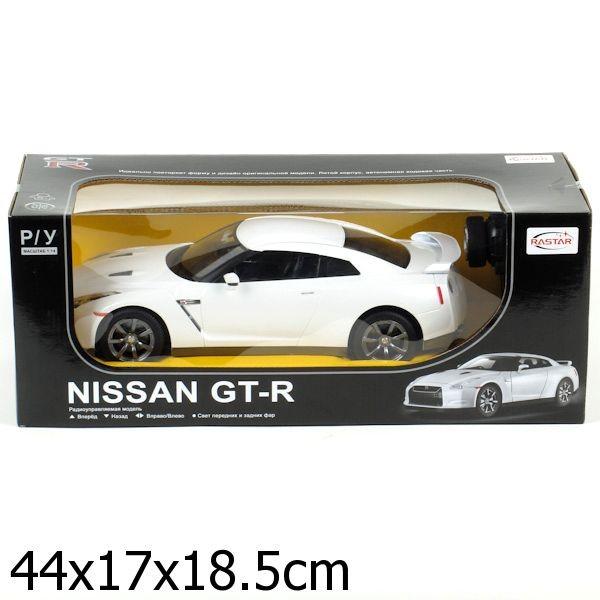 Радиоуправляемая машина Nissan