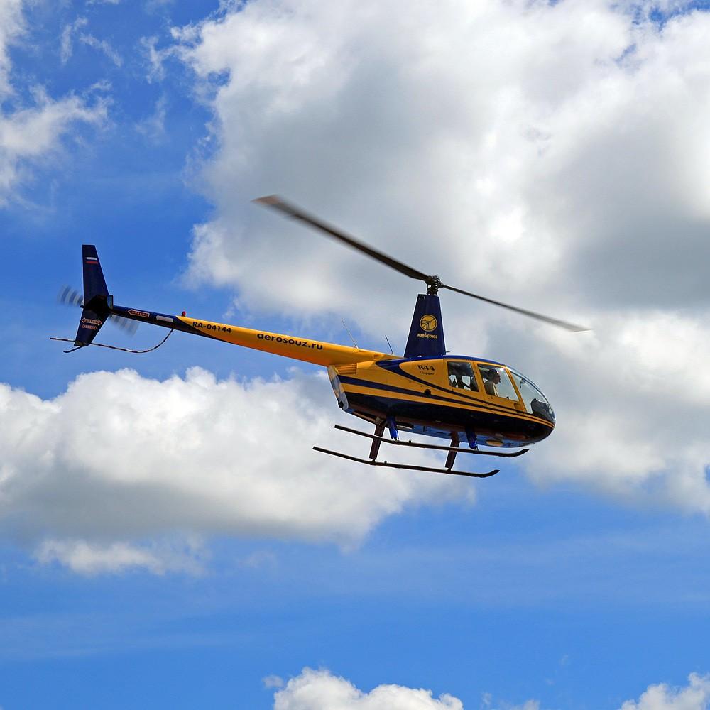Полет на вертолете в подарок в спб 83