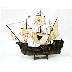 Модель трехмачтовой каракки Santa Maria