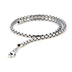 Цепочка из металла с глянцевым серебряным покрытием