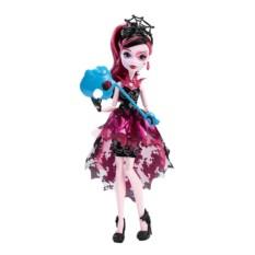 Кукла Mattel Monster High Дракулаура с аксессуарами