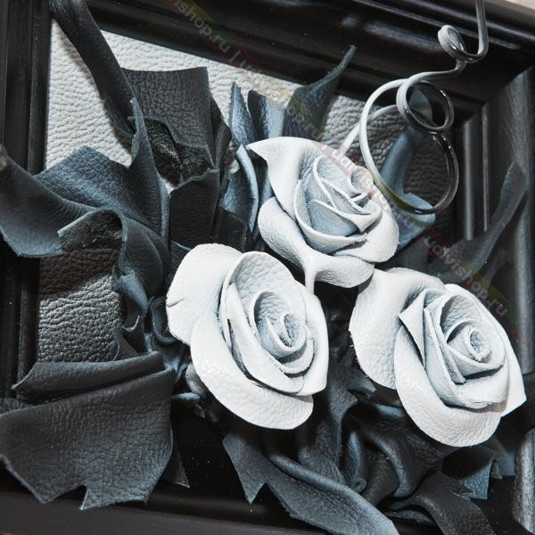 Объемная картина из кожи Розы