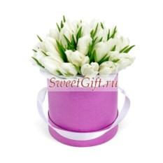 Цветы в шляпной коробке Тюльпаны