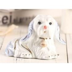 Фарфоровая статуэтка Голубая собачка с кулоном