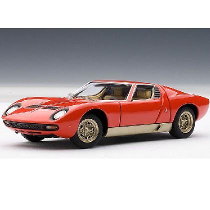 Модель Lamborghini Miura SV 1971'