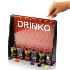 Пьяная игра со стопкамиДринко