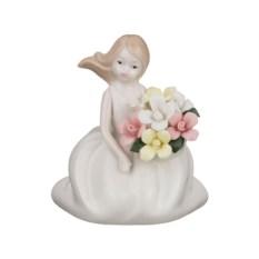 Статуэтка Девушка с цветами, высота 8,8 см