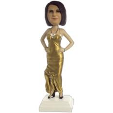 Подарок женщине по фото «В золотом платье»