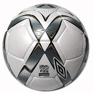 Umbro мяч 2007 X III