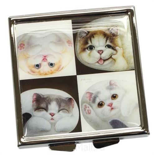 Зеркальце «Кошки в клетках» с чехлом