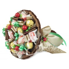 Букет из конфет Ferrero Rocher и Raffaello