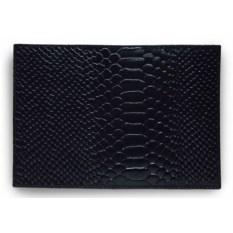 Черная обложка для паспорта из натуральной кожи