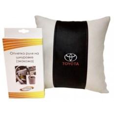 Подарочный набор (подушка, оплетка руля из экокожи), Toyota