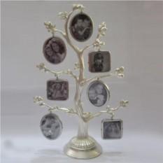 Стильная фоторамка в серебряном цвете