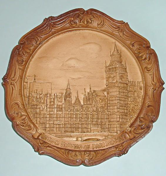 Сувенирная тарелка барельеф Лондон
