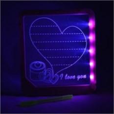 Доска для записей с розовой подсветкой