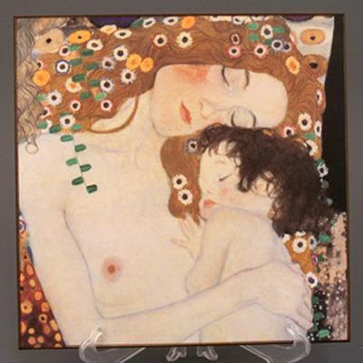 Панно настенное «Три возраста женщины» (фрагмент)