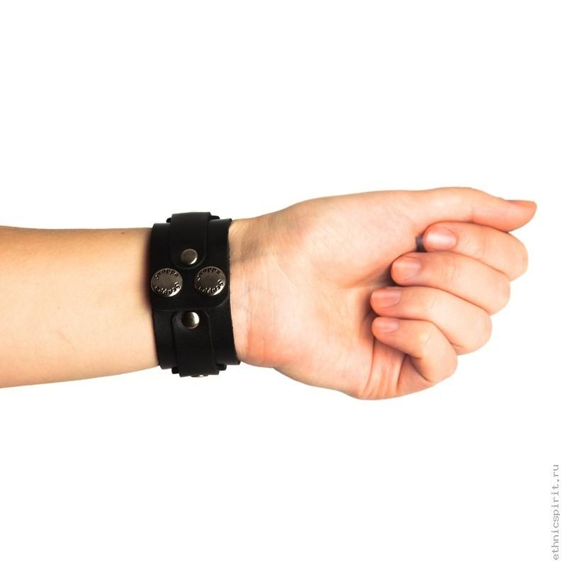 Черный кожаный браслет под гравировку