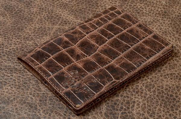 Обложка для документов (темно-коричневый, крокодил, кожа)