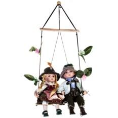 Набор кукол Баварская парочка на качелях