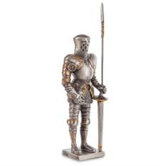 Статуэтка «Рыцарь с копьем»